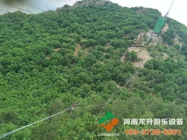 东北琵岩山玻璃吊桥项目
